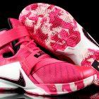 Różowe Nike LeBron Zoom Soldier 10 Kay Yow