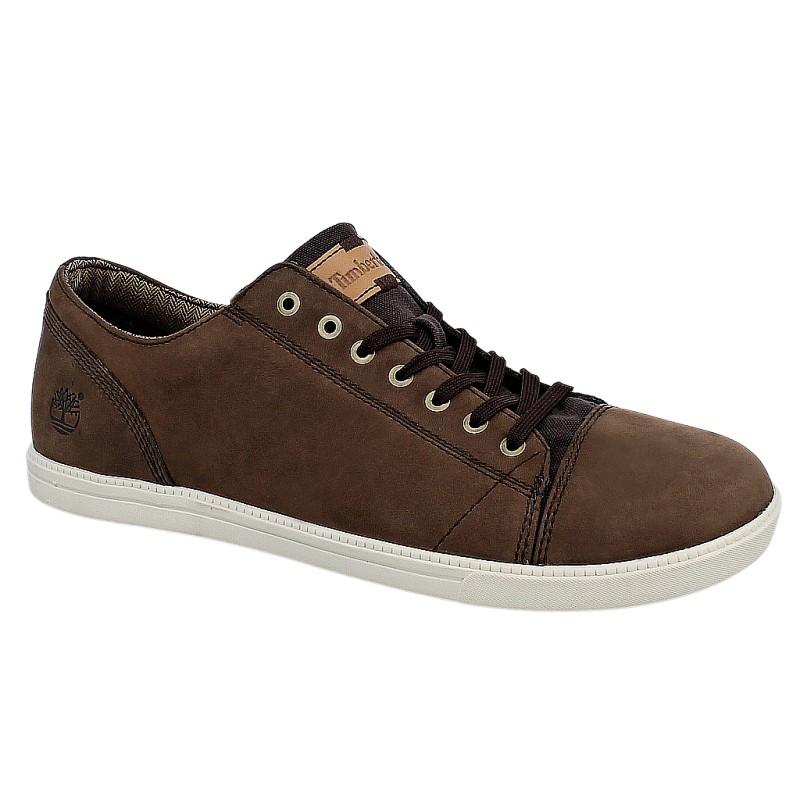 Jakie buty do krótkich spodni? - dobre-buty.com.pl
